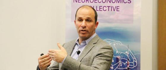 Prominent NYU neuroscientist Paul Glimcher lectures. Photo credit: NYU SH website.