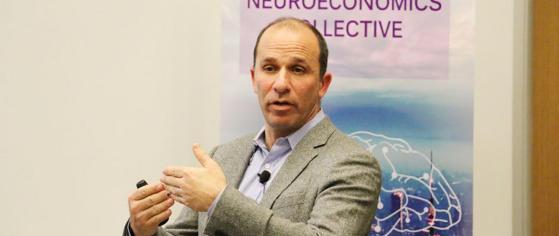 Prominent NYU neuroscientist Paul Glimcher lectures. Photo credit: NYU SH website.