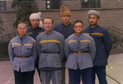 Li Bifeng, front middle. Liao Yiwu, back right.