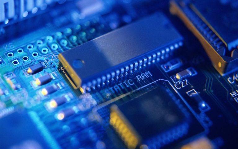 US pulls the plug on China's leading chipmaker SMIC