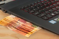 crowdfunding is like cash from your computer