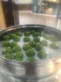 Esses estavam sendo preparados num quiosque no Carrefour.