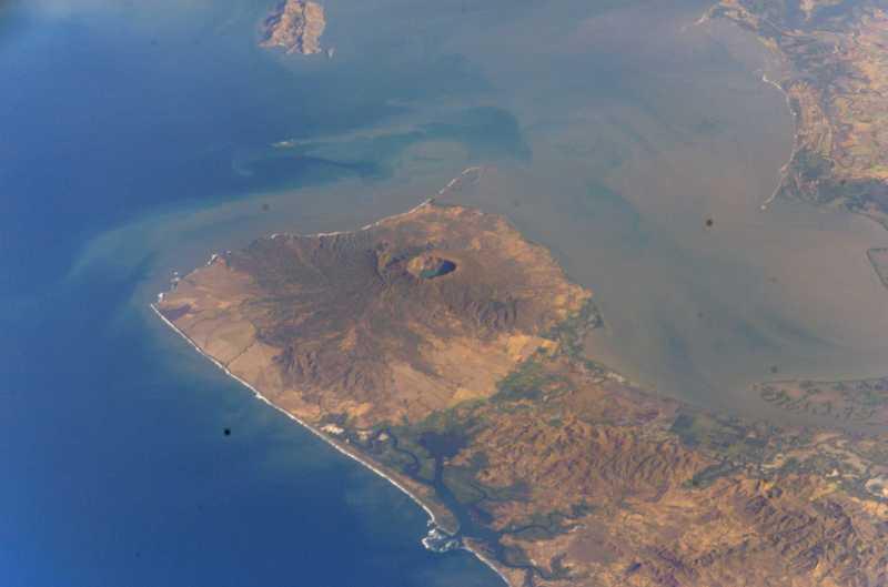Vista Aérea del Volcán Cosigüina (Fotos del Volcán Cosigüina)
