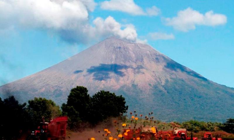 Erupción del Volcán San Cristóbal