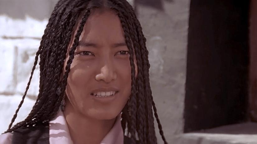 Lhakpa Tsamchoe wearing Tibetan microbraids in Seven Years in Tibet (1997).