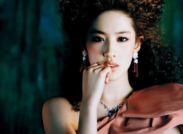 liu-yi-fei-07