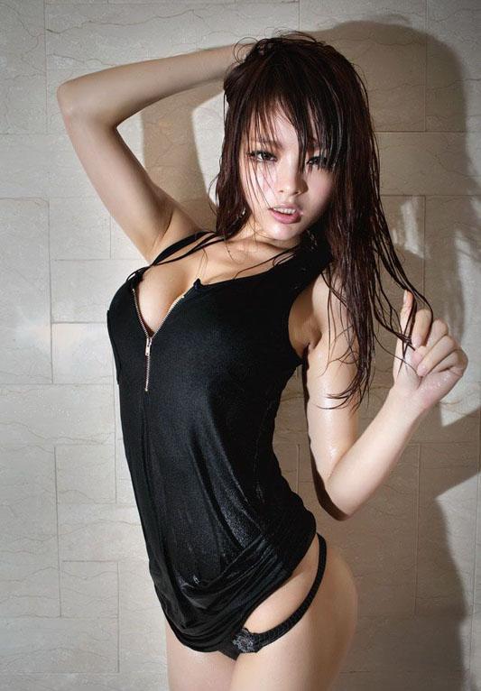 Wai_Wai-01