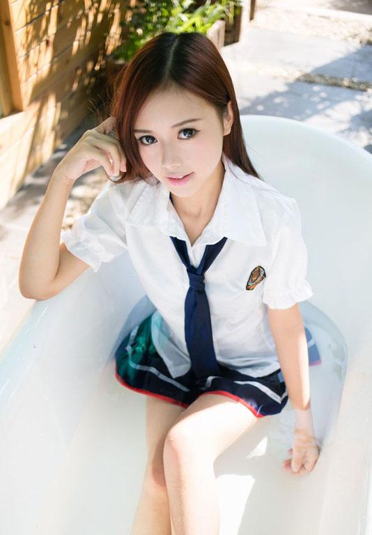 Toro_Yu_Zhu_020814_031