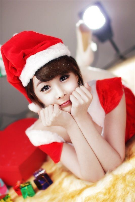 Hot_Christmas_Babe_Kim_Ji_Min_1