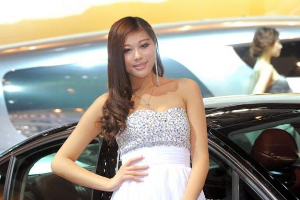Auto_China_2012_Models_342