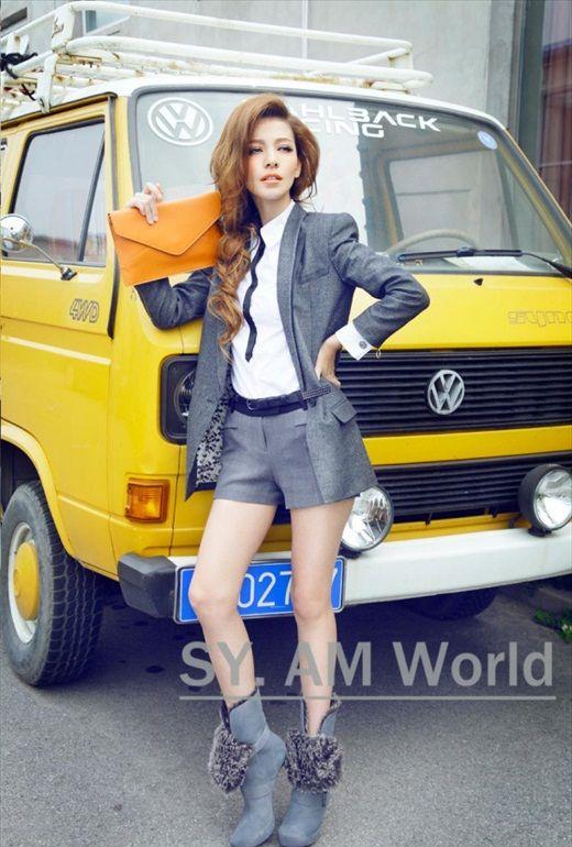 Na_Yi_72