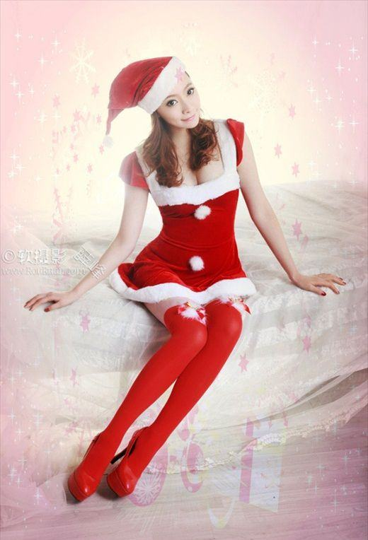 Hot_Christmas_Babe_Chu_Chu_9