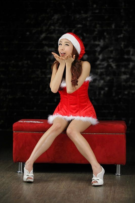 Hot_Christmas_Babe_Jang_Yoo_Seul_6