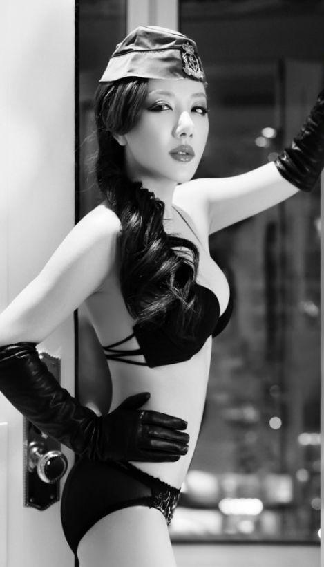 Xu_Jia_Yi_Lingerie_31