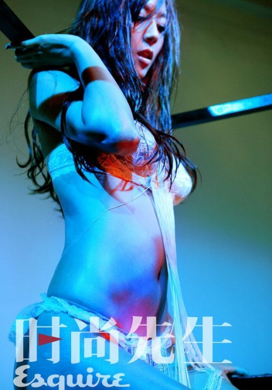 zhou_wei_tong_lingerie_012
