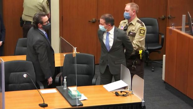美国会走向极端吗?从弗洛伊德被杀案的审判结果谈起