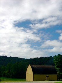 blue-skies-with-barn
