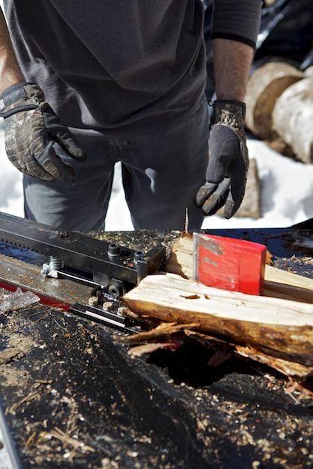 splitting wood 8