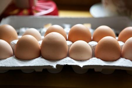 backyard eggs in all sizes