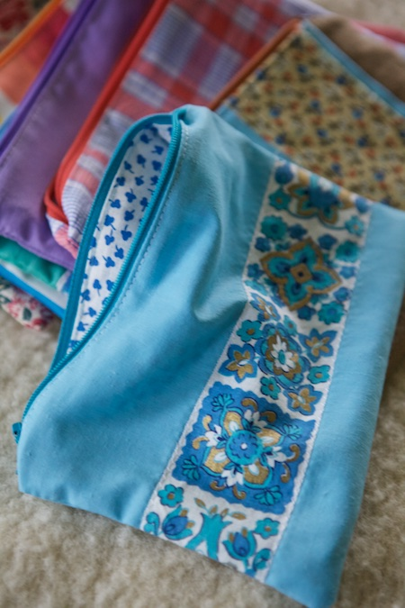 zipper pouches 4