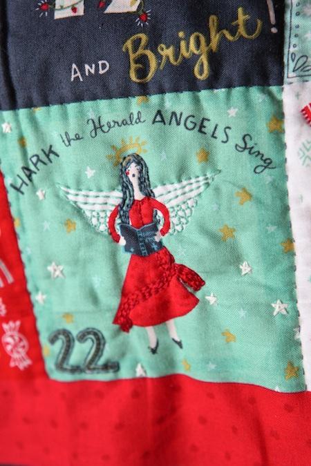 christmas-advent-pillow-2