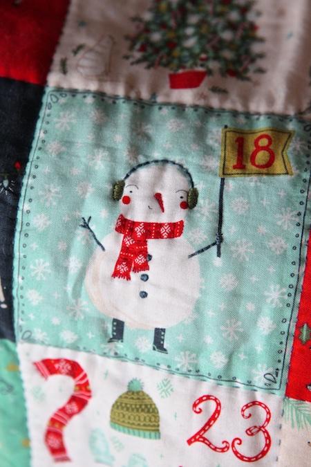christmas-advent-pillow-3