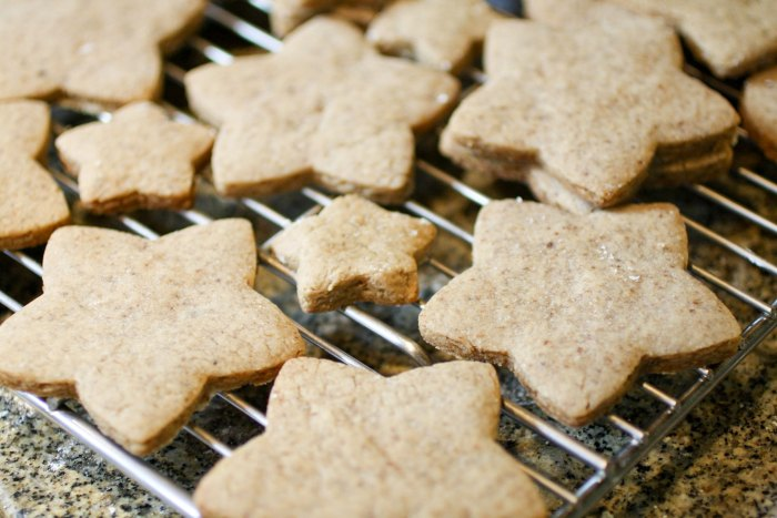 star shape cookies on a cooling rack.