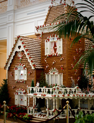 Disney Pic of the Day – Giant Gingerbread House Opens @ Grand Floridian Resort