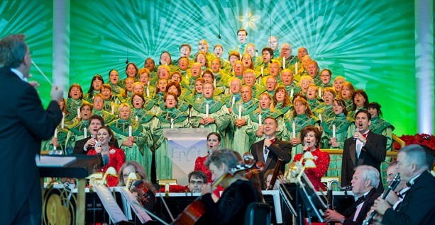 2015 Epcot Candlelight Processional Dates and Dining Packages Announced