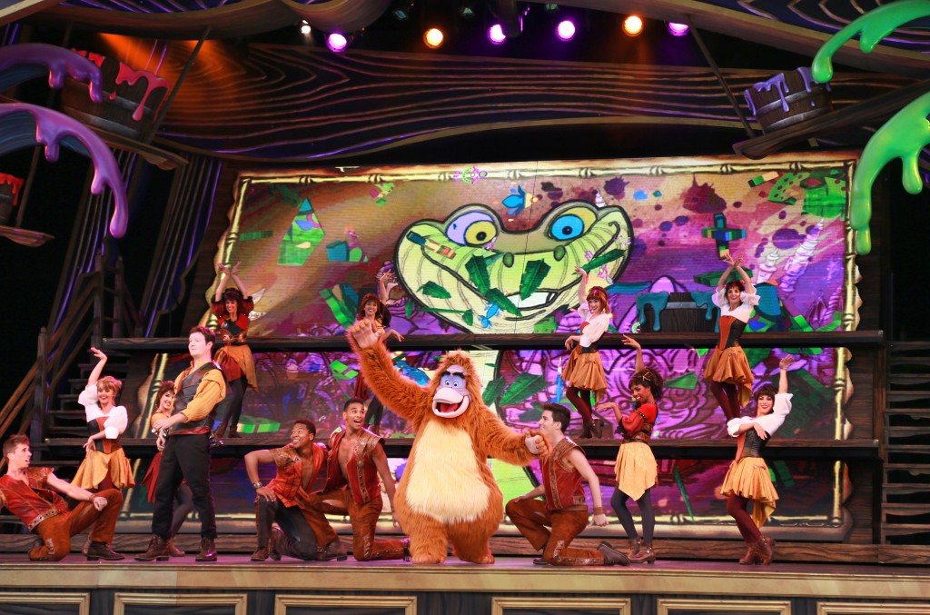Live Shows Make Disneyland Resort a Little Extra Magical