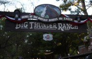 Disneyland Hosts Sing-A-longs for Annual Passholders