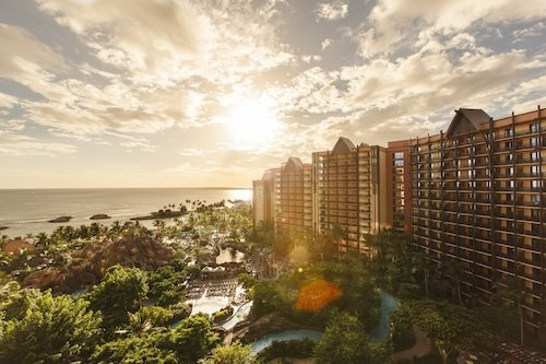 Hele Hele, A New Airport Transfer Service, Is Coming To Aulani, A Disney Resort and Spa