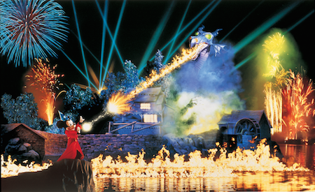 Enjoy Fantasmic! at Disneyland now with Fastpass and dining package options