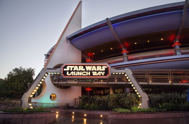 Exclusive Star Wars Imperial Meet 'n' Greet Locations for Chase Disney Visa Credit Cardmembers