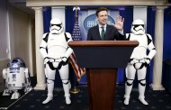 Star Wars: The Force Awakens invades the White House