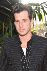 """HOLLYWOOD, CALIFORNIA - APRIL 04: Music Producer Mark Ronson attends The World Premiere of Disney's """"THE JUNGLE BOOK"""" at the El Capitan Theatre on April 4, 2016 in Hollywood, California. (Photo by Alberto E. Rodriguez/Getty Images for Disney) *** Local Caption *** Mark Ronson"""