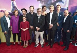 """HOLLYWOOD, CA - JUNE 21: (L-R) Producer Frank Marshall, actors Penelope Wilton, Mark Rylance, Ruby Barnhill, Bill Hader, director Steven Spielberg, actress Rebecca Hall, Chairman, The Walt Disney Studios, Alan Horn, actor Rafe Spall and Walt Disney Studios President Alan Bergman arrive on the red carpet for the US premiere of Disney's """"The BFG,"""" directed and produced by Steven Spielberg. A giant sized crowd lined the streets of Hollywood Boulevard to see stars arrive at the El Capitan Theatre. """"The BFG"""" opens in U.S. theaters on July 1, 2016, the year that marks the 100th anniversary of Dahl's birth, at the El Capitan Theatre on June 21, 2016 in Hollywood, California. (Photo by Alberto E. Rodriguez/Getty Images for Disney) *** Local Caption *** Frank Marshall; Penelope Wilton; Mark Rylance; Ruby Barnhill; Bill Hader; Steven Spielberg; Rebecca Hall; Alan Horn; Rafe Spall; Alan Bergman"""