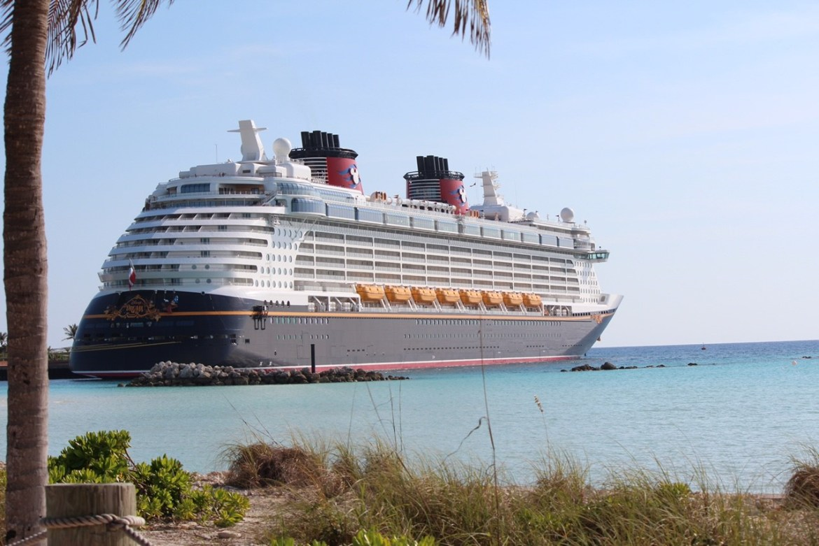 Disney Cruise Line Special Offers for Military Members