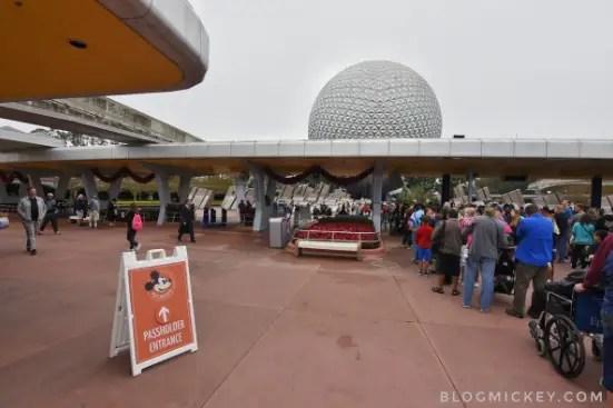 Disney World Annual Passholder dedicated lines now open