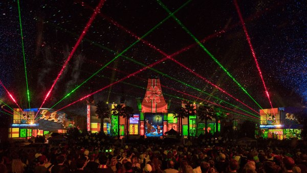 Jingle Bell Jingle Bam Dessert Party Returns to Hollywood Studios
