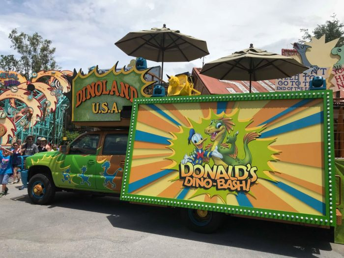 Donald's Dino-Bash!