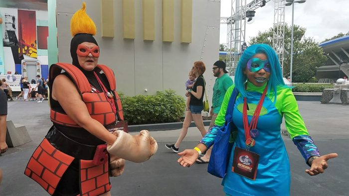 Incredible Tomorrowland Expo Super Characters Now Meeting Daily 8