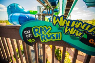 Water Slide Ray Rush Queue