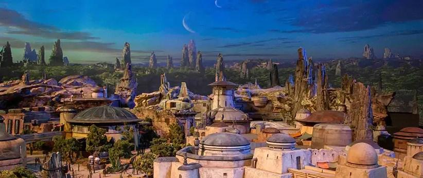 Star Wars: Galaxy's Edge at Disneyland Resort No-Cost Reservation Details