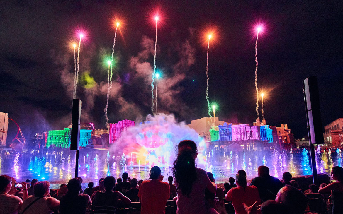 VIDEO: See Universal Orlando's Newest Nighttime Show – Cinematic Celebration!