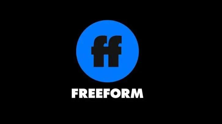 Freeform Begins Production on Josh Thomas' 'Everything's Gonna Be Okay' Pilot