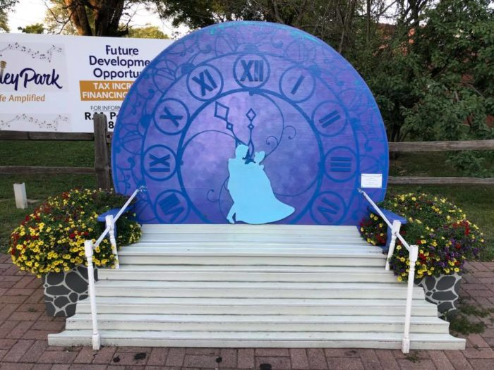 Disney Themed Benches in Tinley Park, Illinois 5