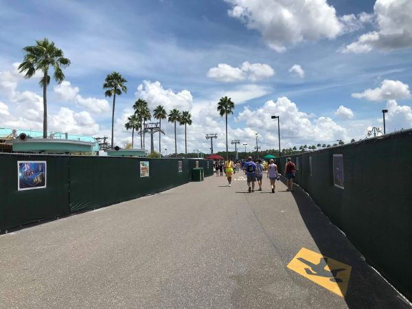 New Entrance at Disney's Hollywood Studios Now Open 2