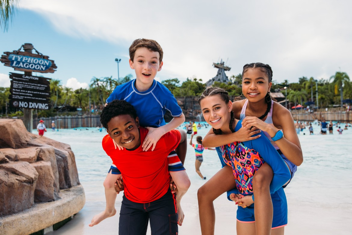 "Stars of ""Ravens Home"" Visit Disney's Typhoon Lagoon!"