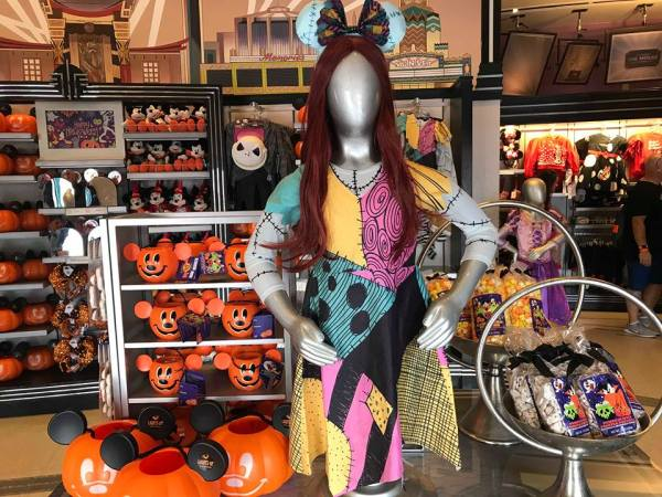 The Nightmare Before Christmas Costumes At The Disney Parks 1